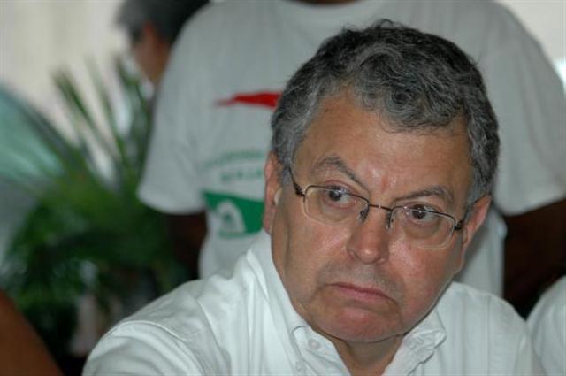 M.CAMACHO OLIS