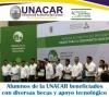 Alumnos de la UNACAR beneficiados con diversas becas y apoyo tecnológico.
